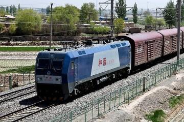 兰新铁路9人死亡事故原因施工人员越界与列车碰撞